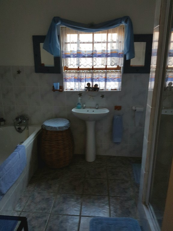 3 Bedroom House for sale in Franskraal ENT0028247 : photo#14