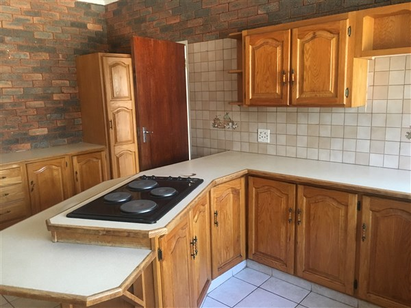4 Bedroom Small Holding for sale in Magaliesburg ENT0049788 : photo#10