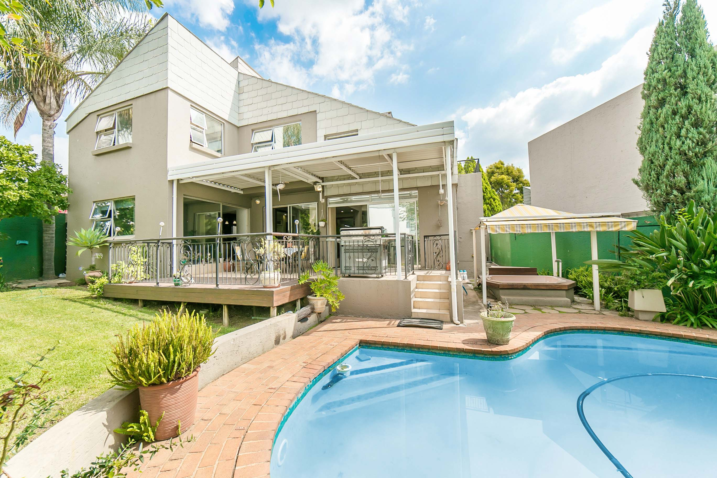4 Bedroom House for sale in Lonehill ENT0082001 : photo#1