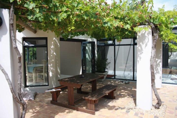 4 Bedroom House for sale in Helderberg Estate ENT0005942 : photo#3