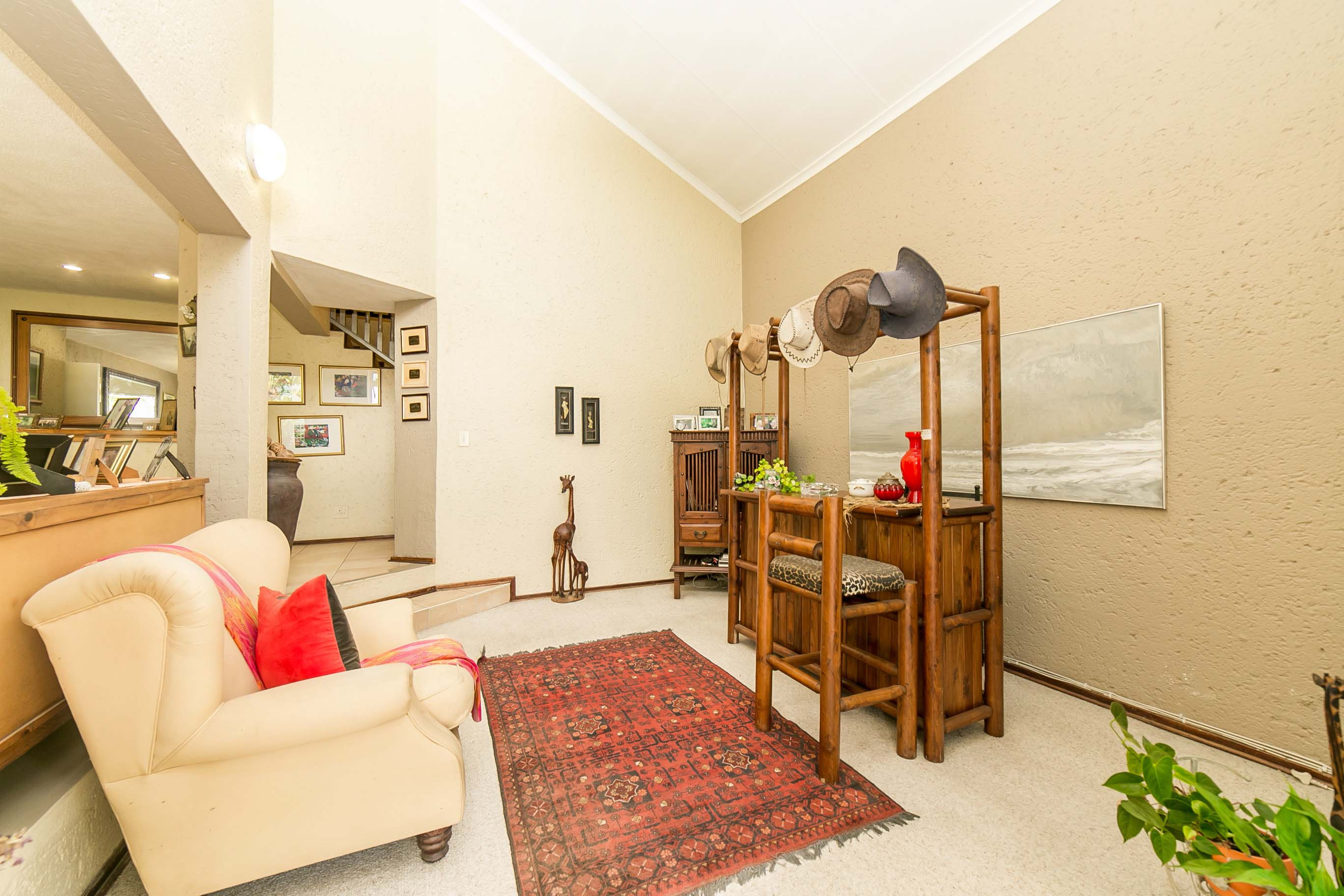 4 Bedroom House for sale in Lonehill ENT0082001 : photo#4