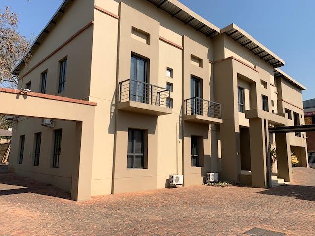 Commercial building in Menlo Park