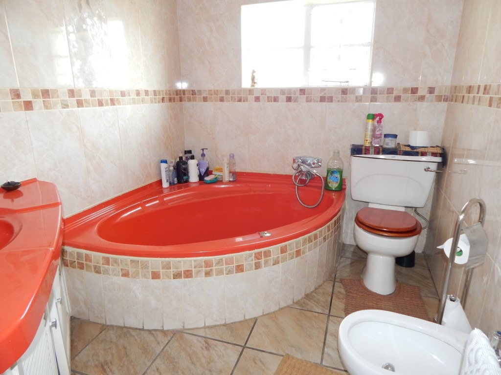 5 Bedroom House for sale in Rynfield ENT0096127 : photo#6