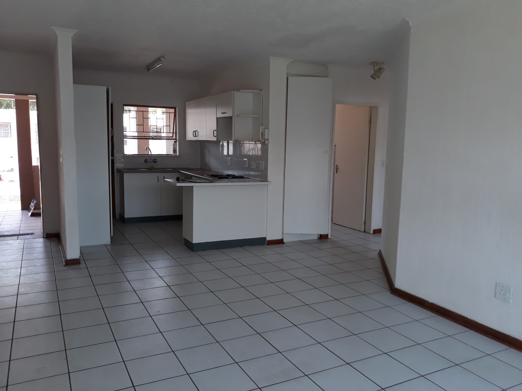 2 Bedroom Townhouse for sale in Glenanda ENT0079380 : photo#4