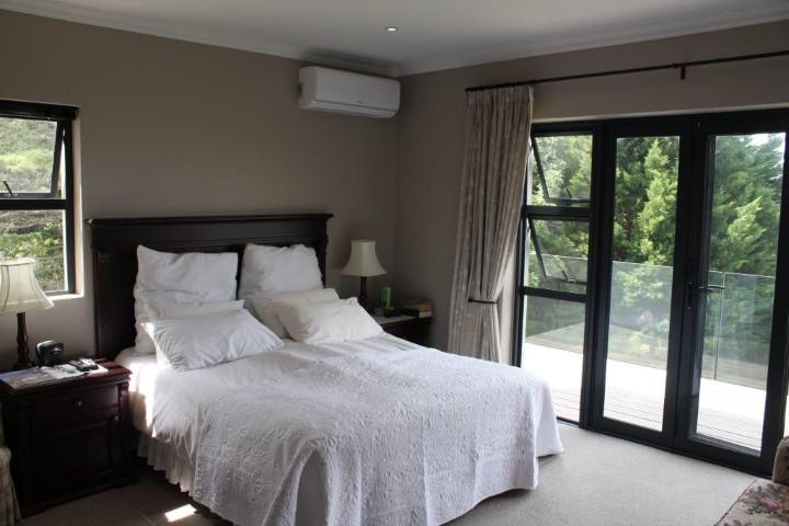 4 Bedroom House for sale in Helderberg Estate ENT0005942 : photo#8