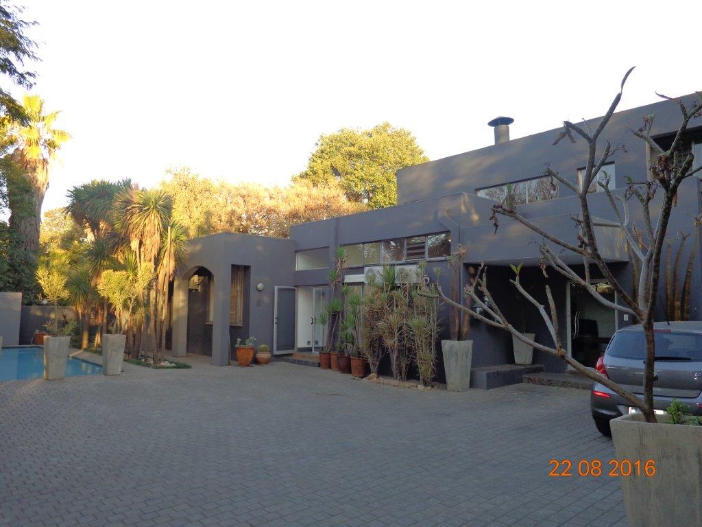 5 Bedroom House for sale in Waterkloof ENT0004727 : photo#0
