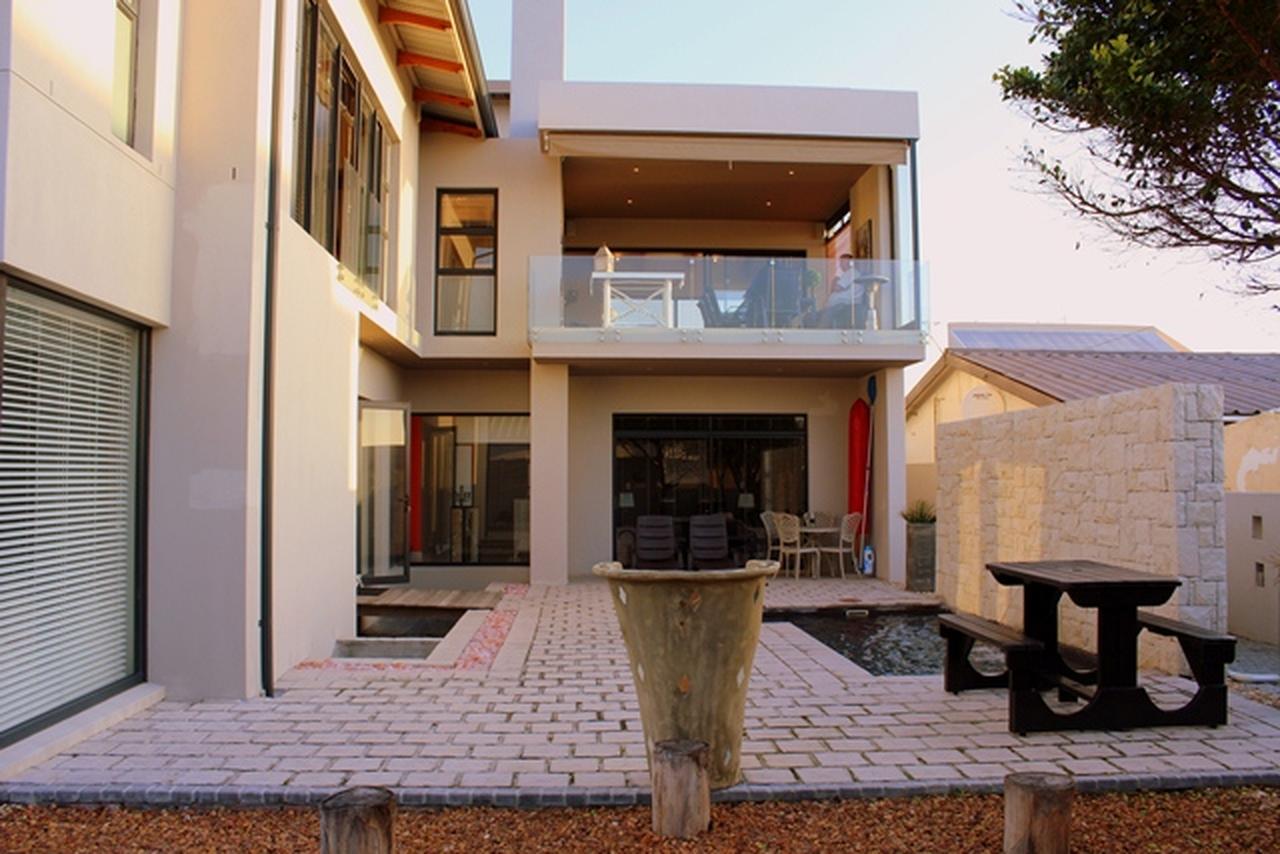 4 BedroomHouse For Sale In Melkbosstrand