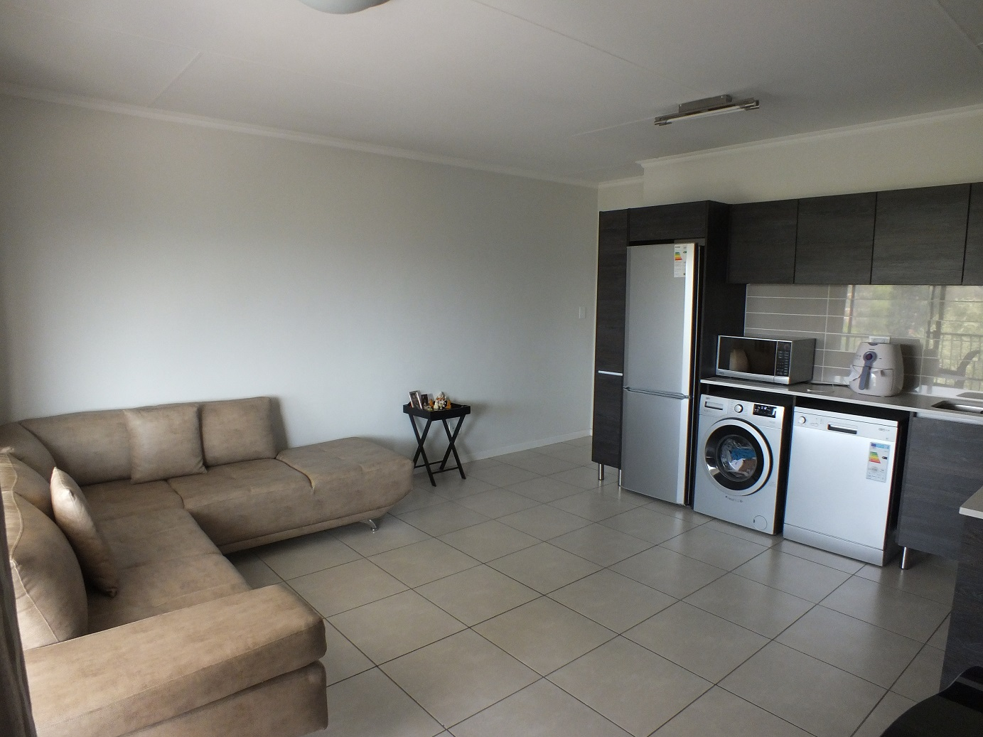 1 Bedroom Apartment for sale in Bryanston ENT0067747 : photo#2