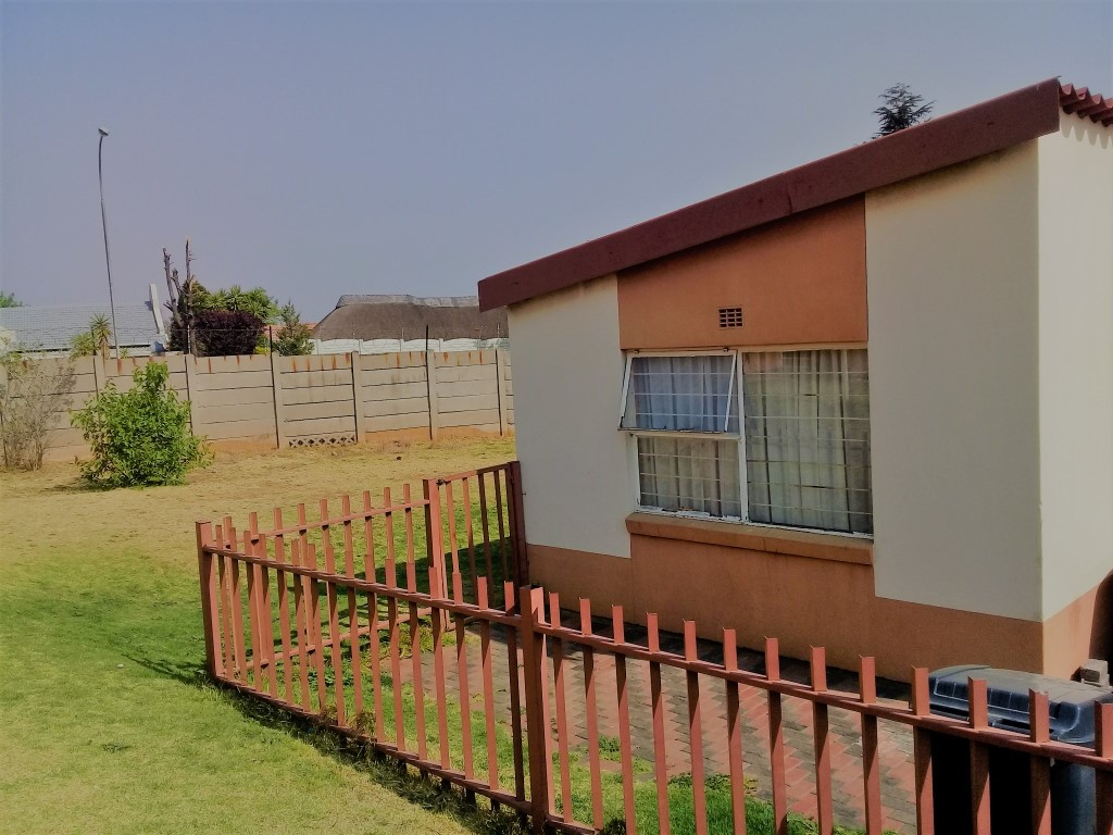 1 Bedroom Townhouse for sale in Ridgeway & Ext ENT0066698 : photo#5