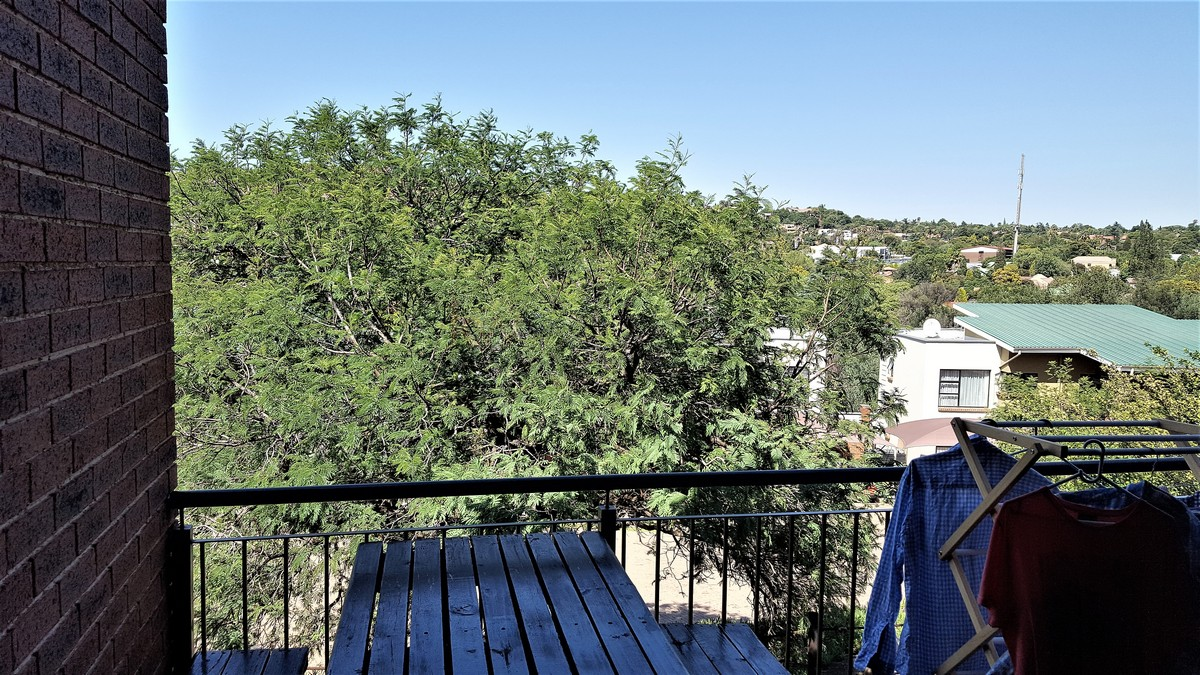 2 Bedroom Townhouse for sale in Glenvista ENT0079860 : photo#8