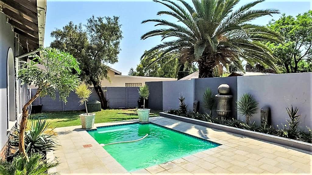 property-5442837-62990380_sd.jpeg