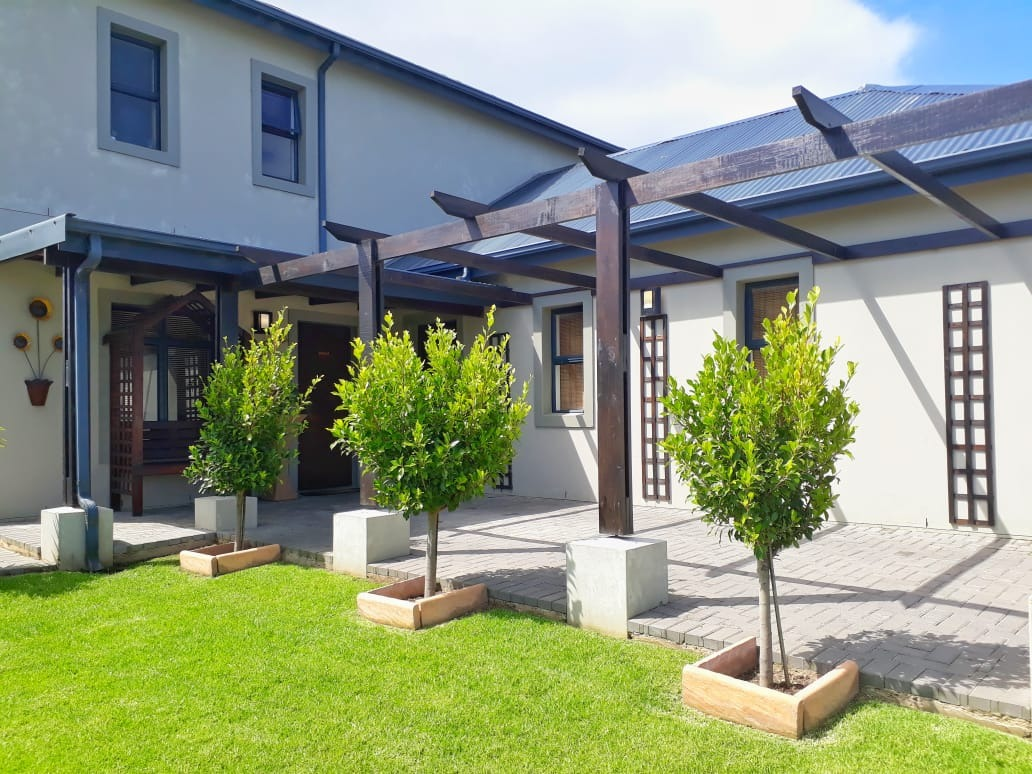 Immaculate Townhouse for Sale in Blue Mountain Village