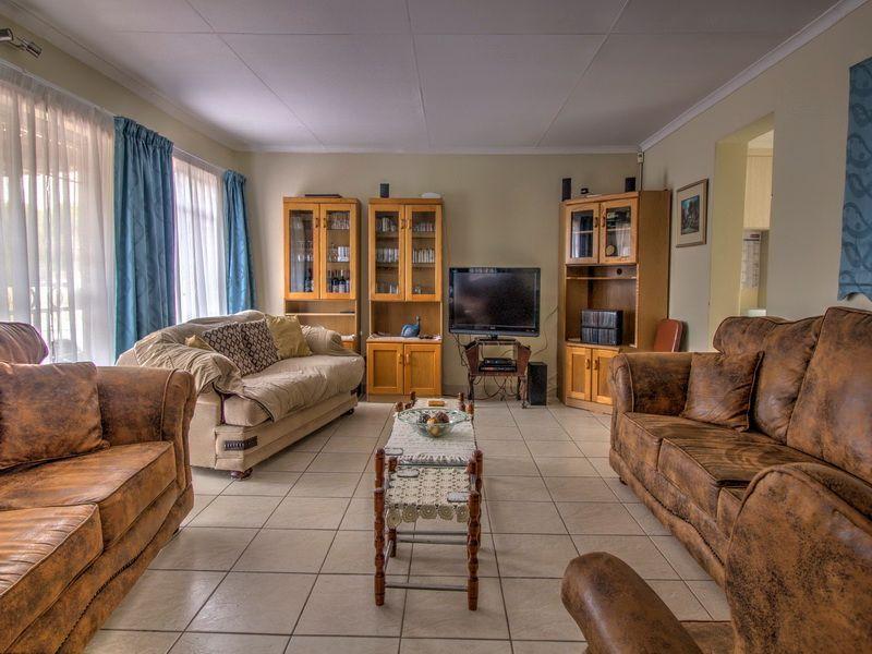 3 Bedroom House for sale in Glen Marais ENT0090582 : photo#5