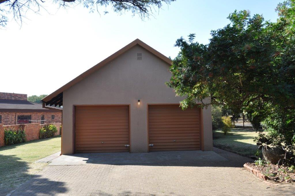 Three bedroom house for sale in Brits