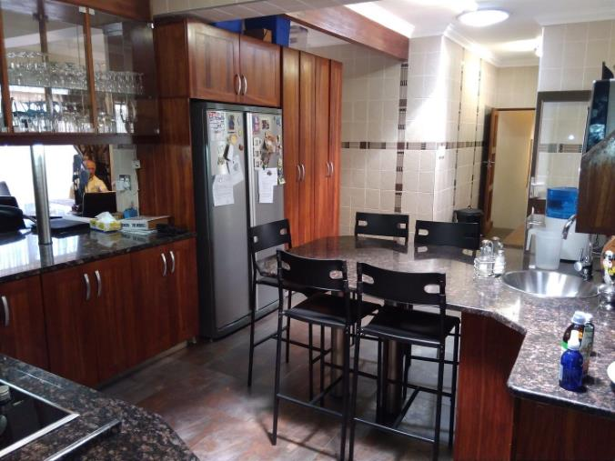 4 Bedroom House for sale in South Crest ENT0074617 : photo#9