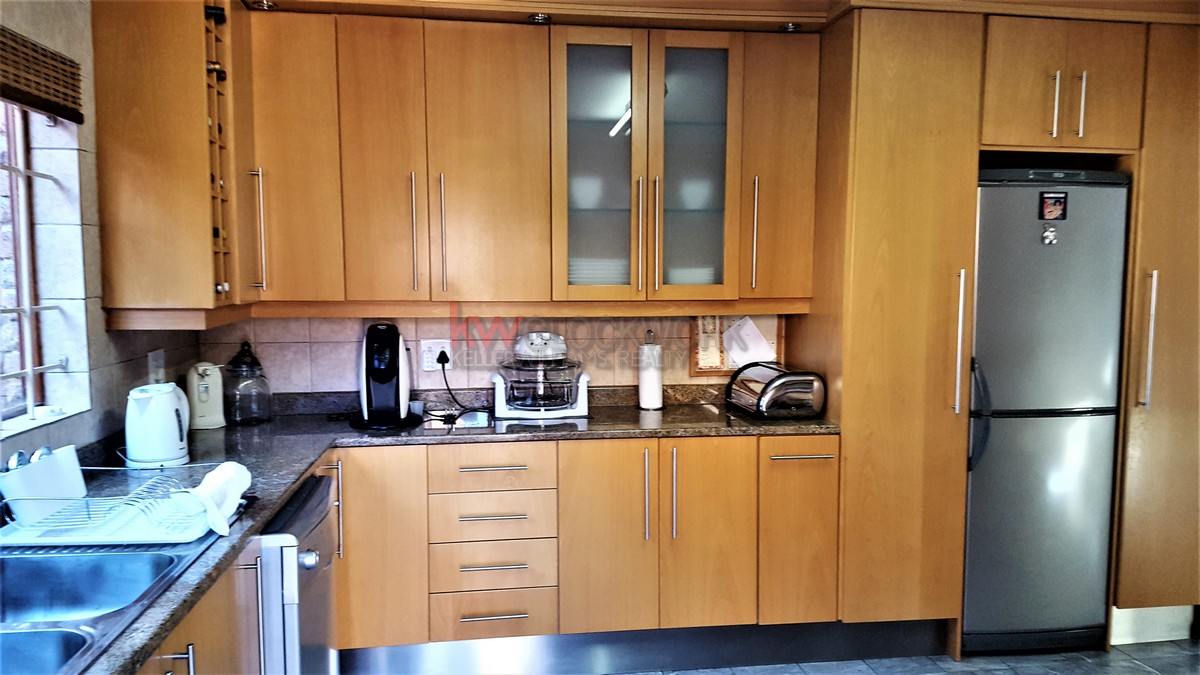 3 Bedroom Townhouse for sale in Bassonia ENT0044188 : photo#16