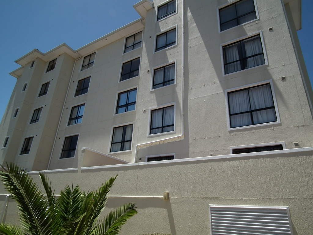 2 Bedroom Apartment For Sale in Van Ryneveld, Strand