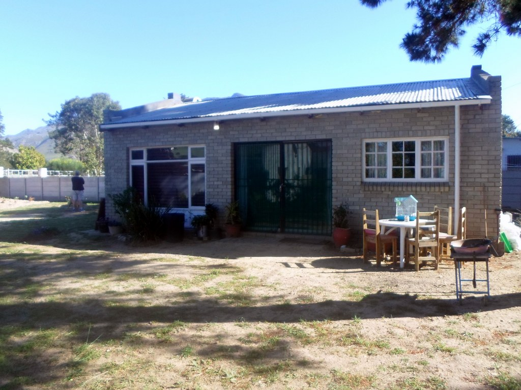 1 BedroomHouse For Sale In Bot River