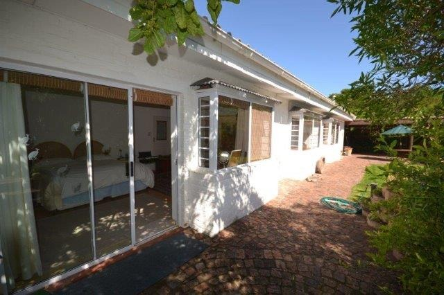 ON SHOW SATURDAY 23rd JUNE FROM 1pm TO 4pm Dual income generator in Wilderness