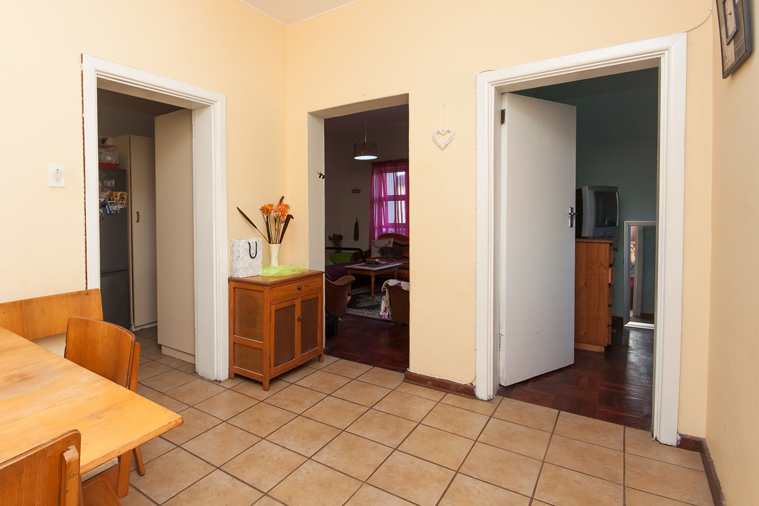 2 Bedroom Apartment pending sale in Humewood ENT0048095 : photo#12
