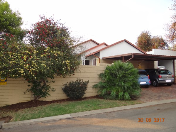 2 Bedroom cluster for sale in secure complex