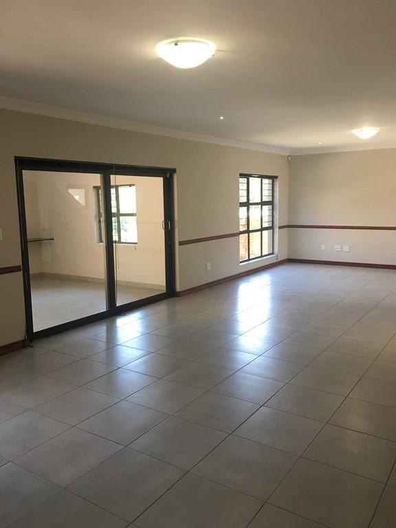 4 Bedroom House to rent in Waterkloof Ridge ENT0016732 : photo#11