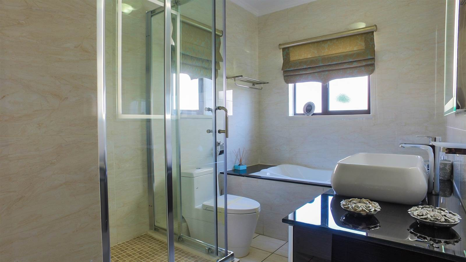 2 Bedroom Apartment for sale in Fourways ENT0040126 : photo#7