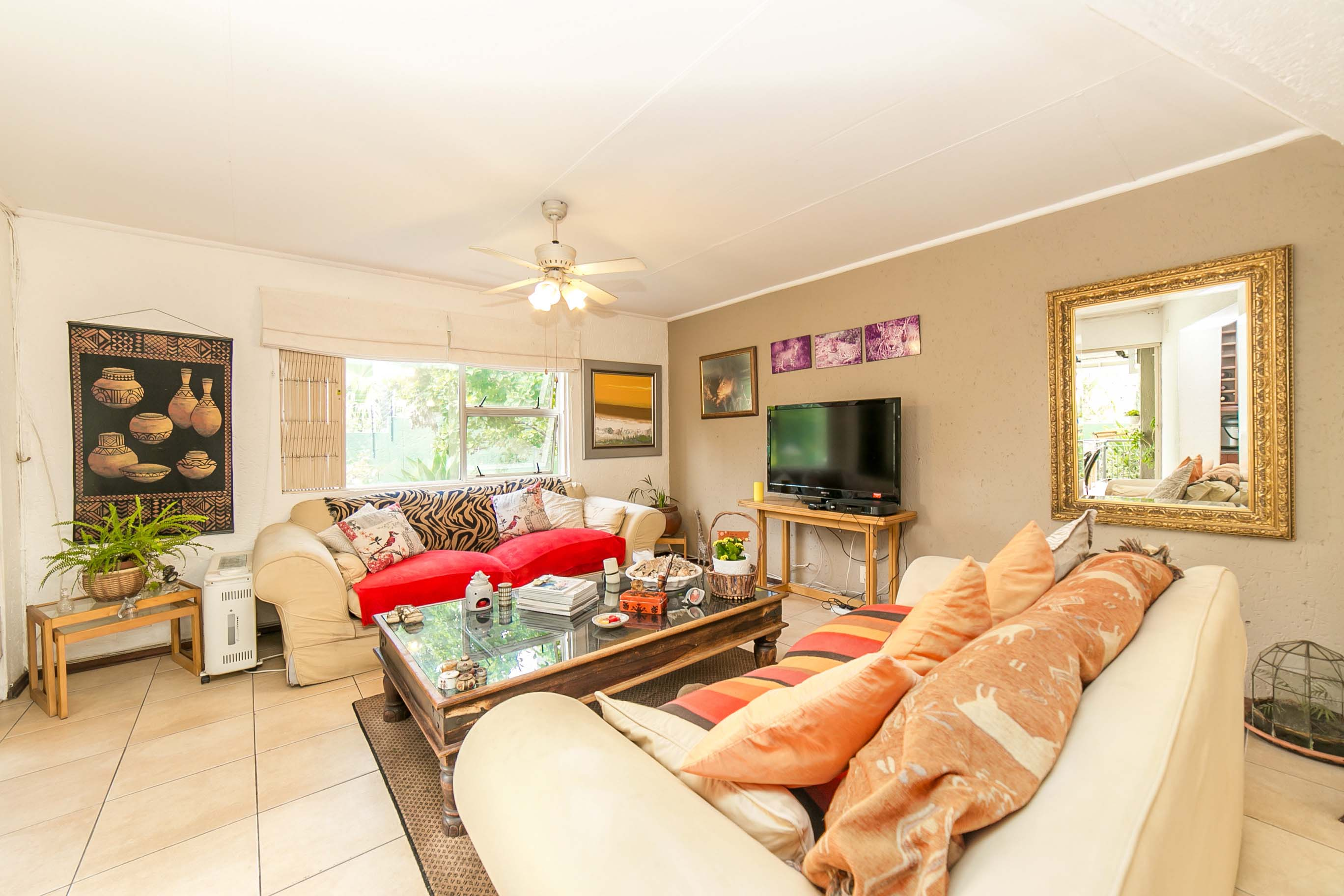 4 Bedroom House for sale in Lonehill ENT0082001 : photo#8