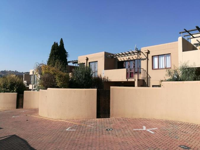 2 Bedroom Townhouse for sale in Glenvista ENT0033929 : photo#0
