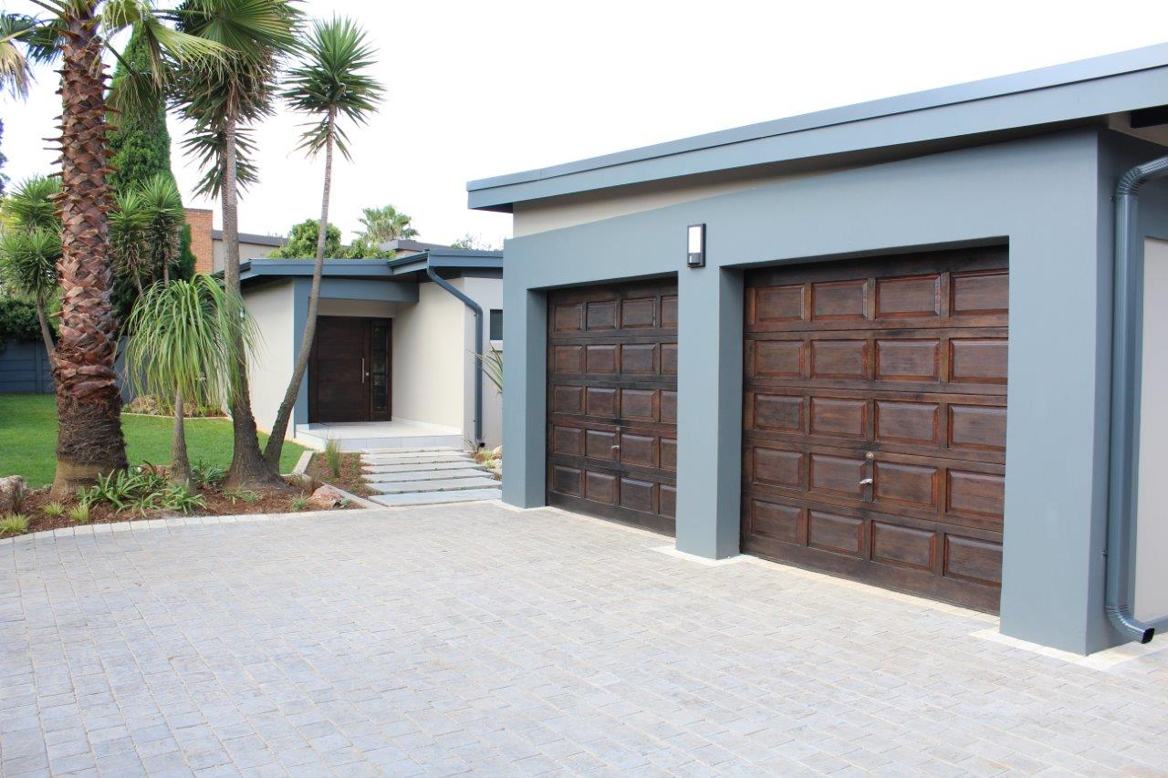 3 BedroomHouse For Sale In Alphen Park