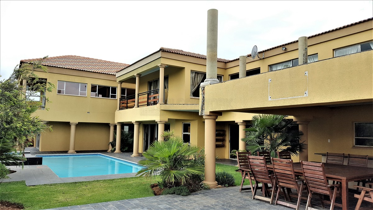 7 BedroomHouse For Sale In Mayfield Park