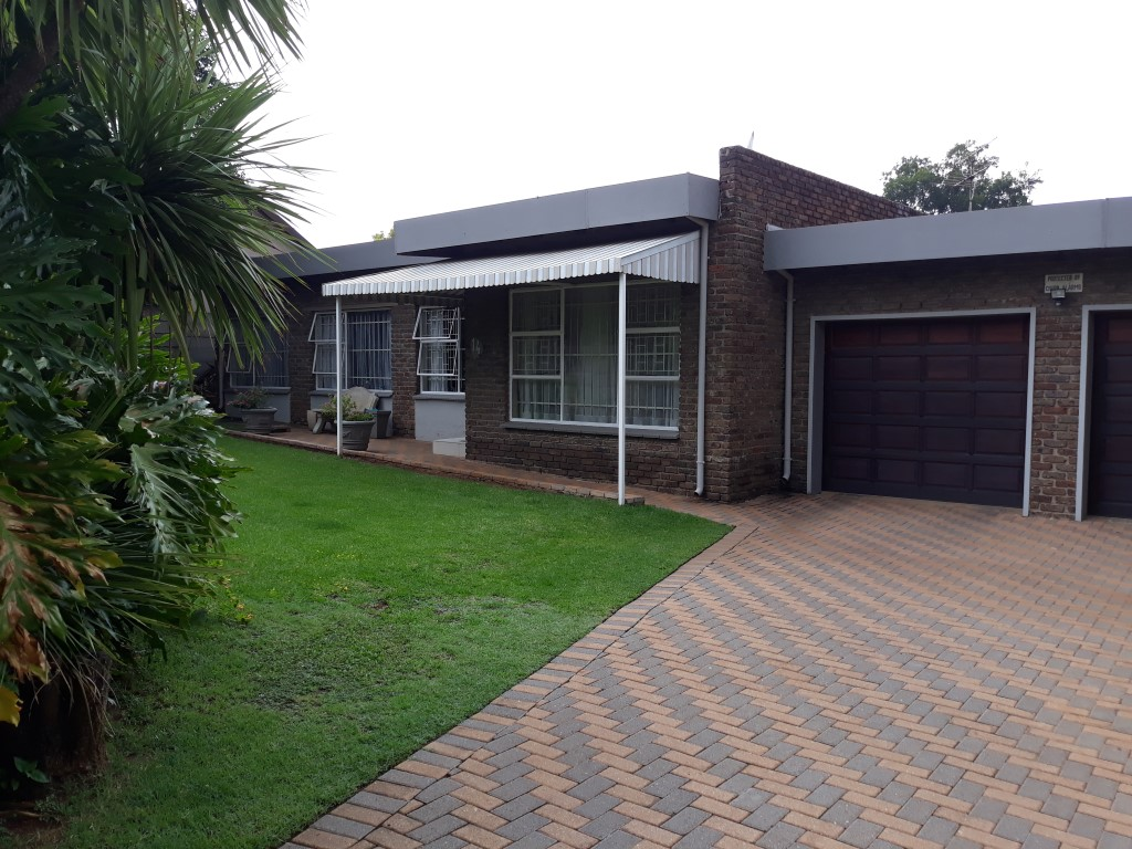 3 Bedroom House for sale in Verwoerdpark ENT0084761 : photo#6