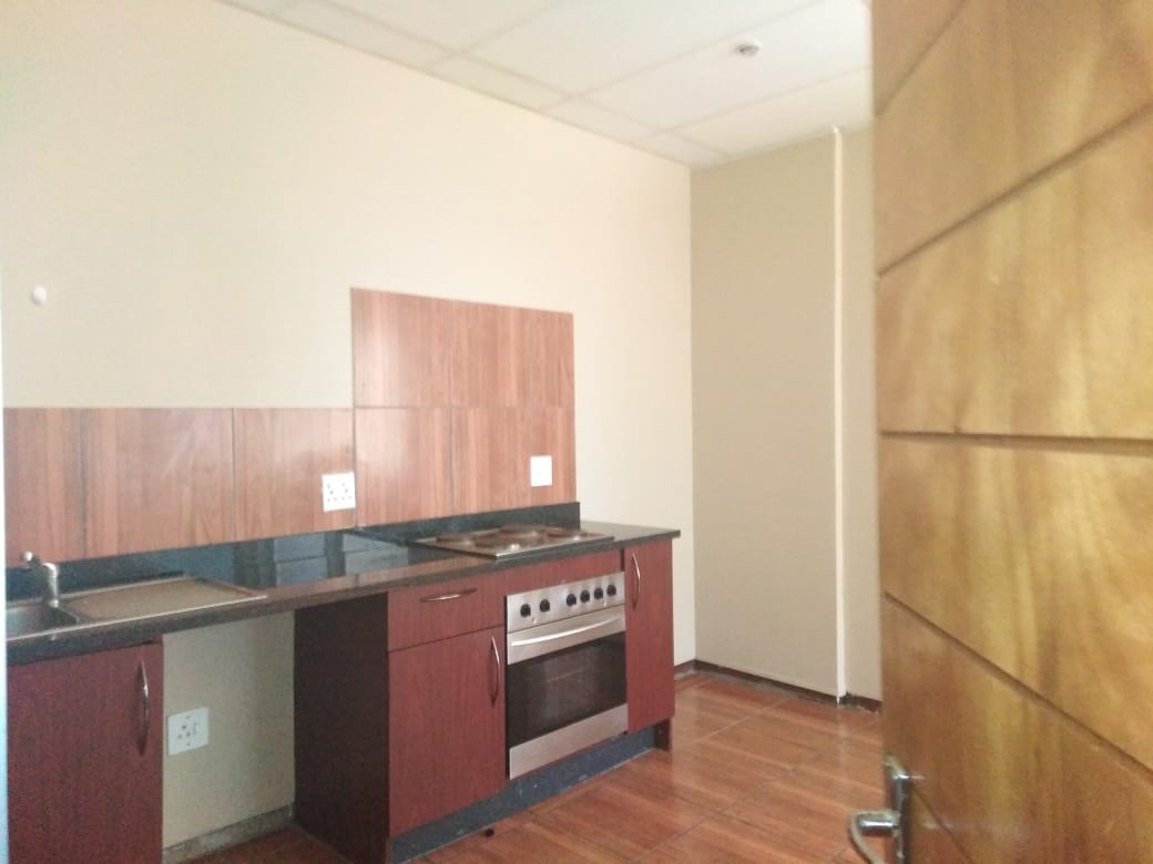1 BED, 1 BATH AT THE COLOSSEUM CENTRAL JOHANNESBURG FOR SALE