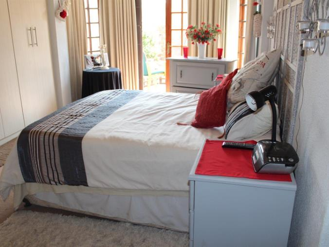 3 Bedroom House for sale in Verwoerdpark ENT0071268 : photo#11