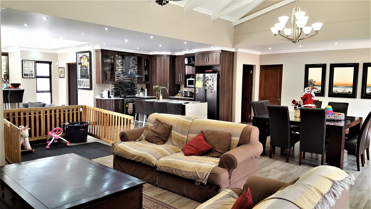 4 Bedroom House for sale in Randhart ENT0080568 : photo#5