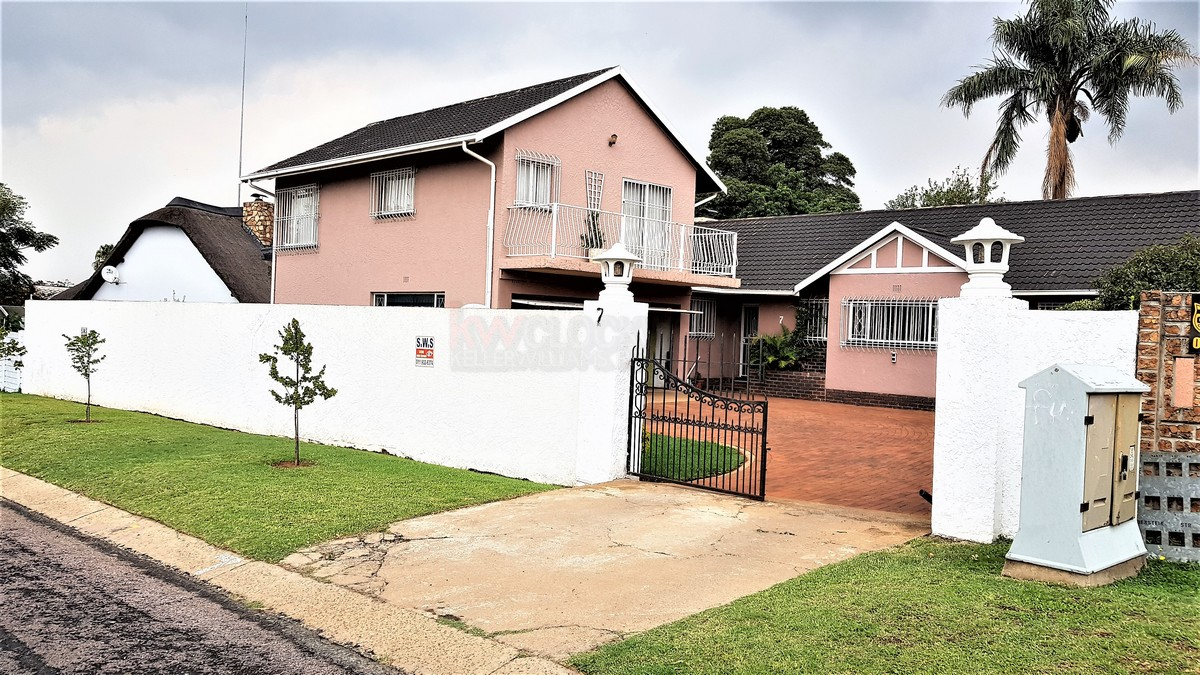 3 Bedroom House for sale in Verwoerdpark ENT0084389 : photo#1