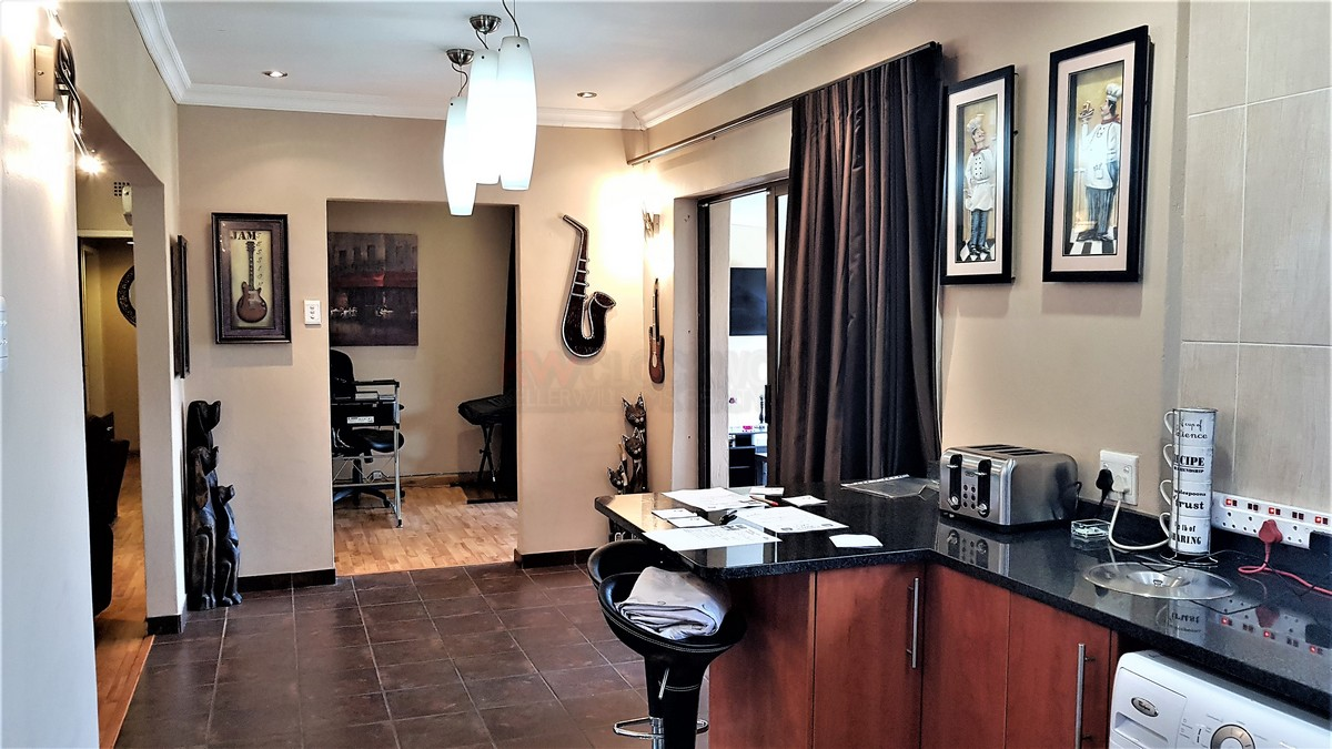 3 Bedroom House for sale in Verwoerdpark ENT0084632 : photo#18