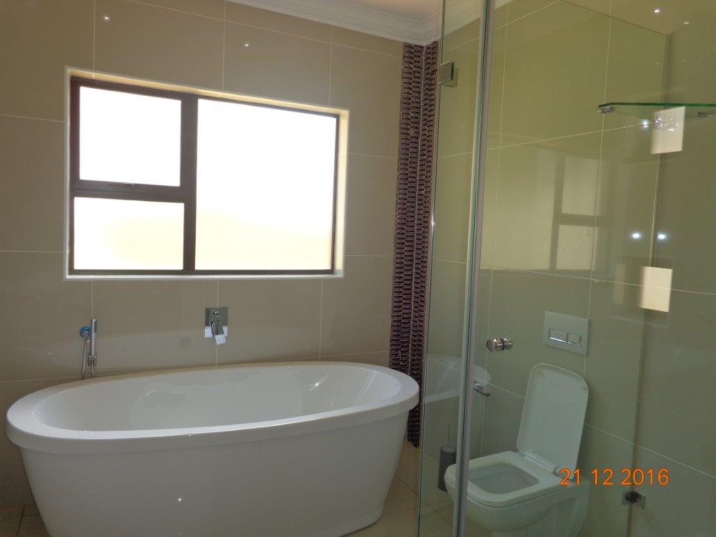 5 Bedroom House for sale in Waterkloof Ridge ENT0016742 : photo#15