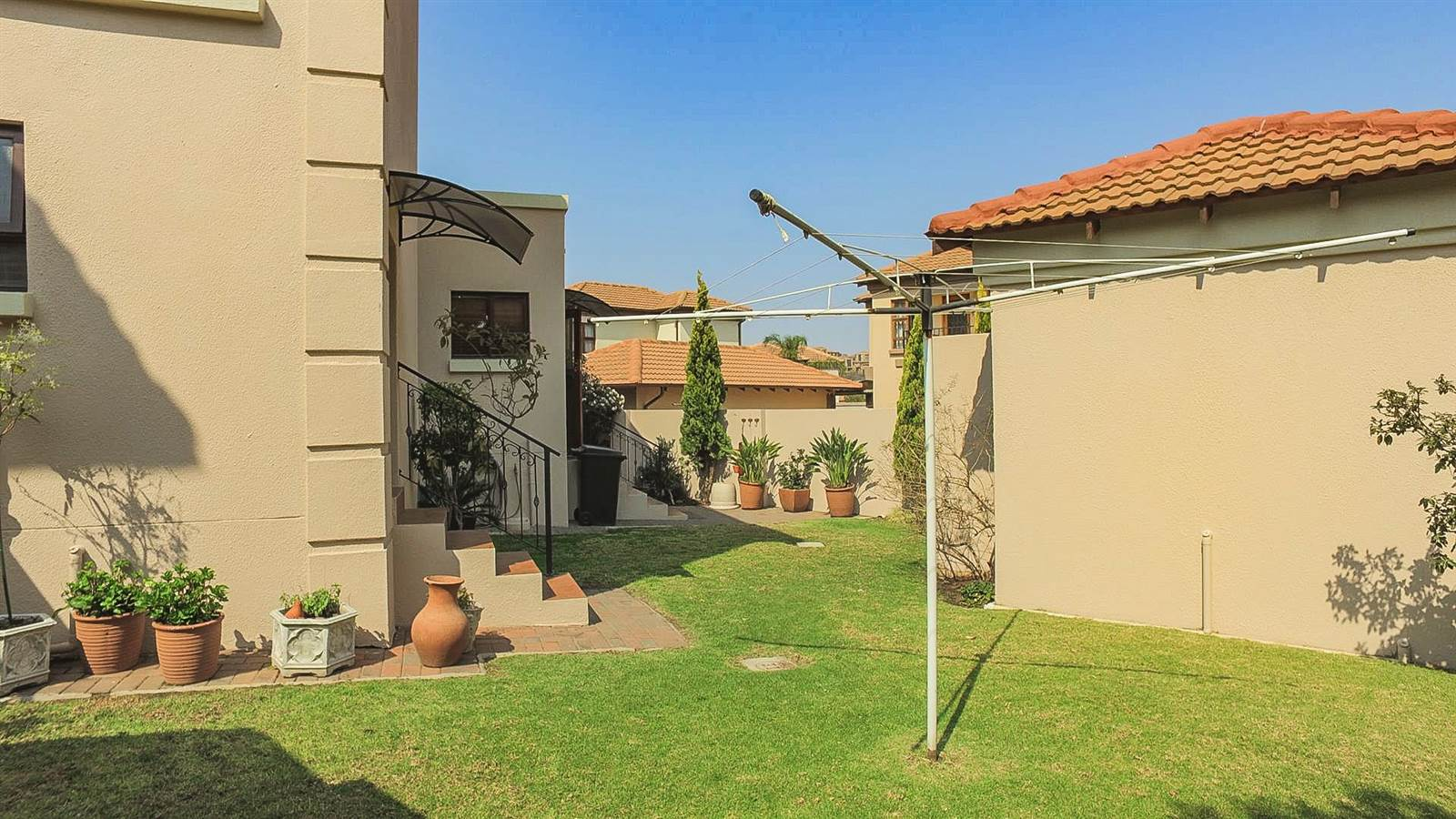 4 Bedroom Townhouse for sale in Mulbarton ENT0067436 : photo#8