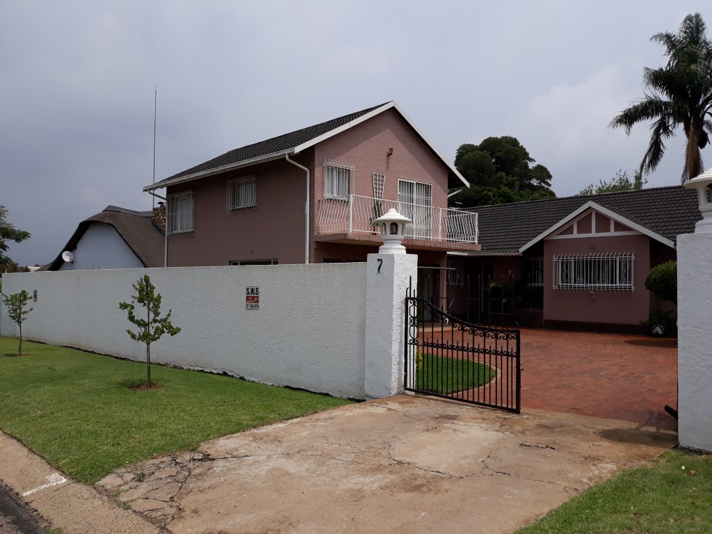 3 Bedroom House for sale in Verwoerdpark ENT0084742 : photo#1