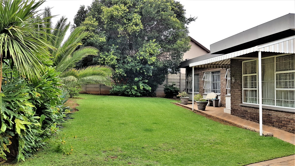 3 Bedroom House for sale in Verwoerdpark ENT0084386 : photo#14