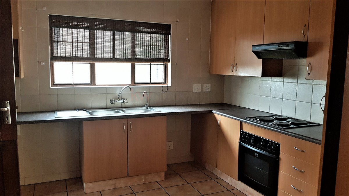 3 Bedroom House for sale in South Crest ENT0086991 : photo#3