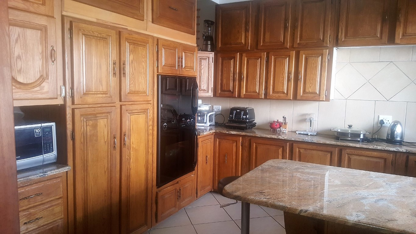 4 Bedroom House for sale in Kempton Park Ext 4 ENT0031084 : photo#8