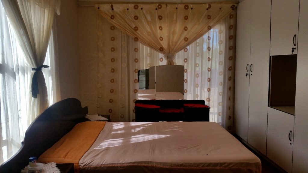 3 Bedroom House for sale in Lethlabile ENT0033388 : photo#6