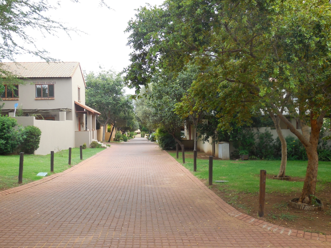 3 Bedroom Townhouse for sale in Erand Gardens ENT0084615 : photo#24
