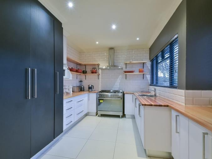 4 Bedroom House for sale in Randhart ENT0074524 : photo#2