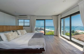 Spacious, modern Camps Bay home with income generating apartment