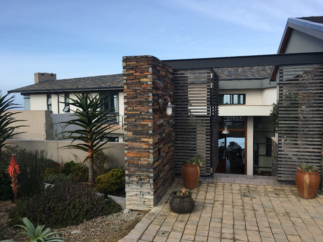 4 BedroomHouse For Sale In Oubaai