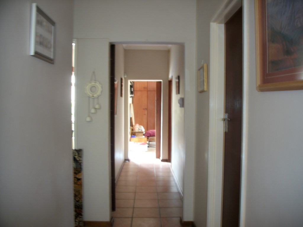 4 Bedroom House for sale in Strand ENT0022683 : photo#8