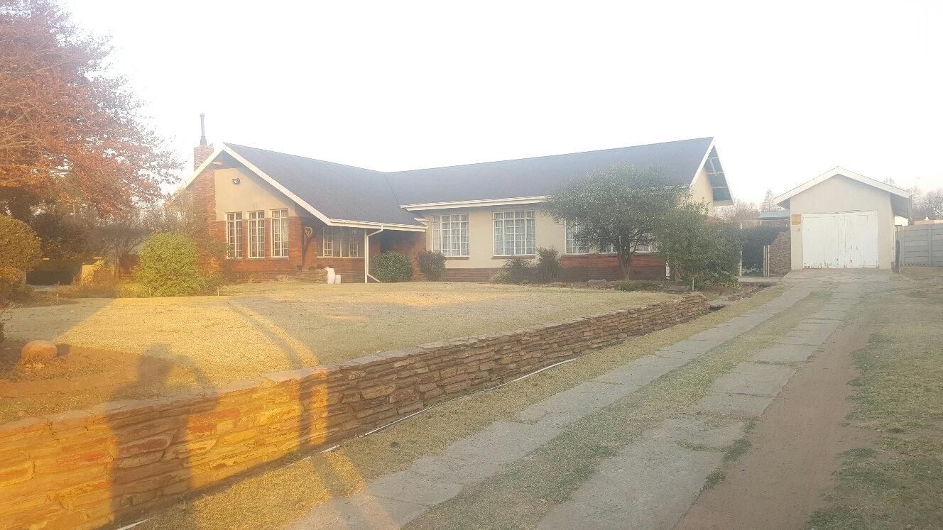 3 BedroomHouse For Sale In Bethal Ext 4
